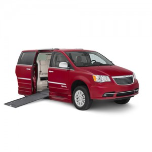 BraunAbility Chrysler Xi In Floor Wheelchair Van
