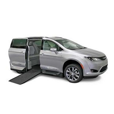 Chrysler Pacifica Northstar Access360 by VMI