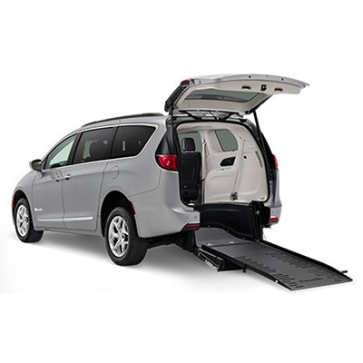 BraunAbility Rear-Entry Pacifica