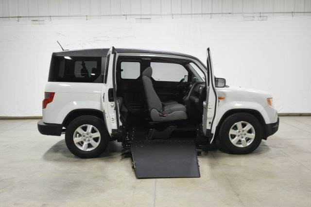 Honda element wheelchair for sale for Wheelchair accessible homes for sale in florida