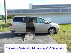 Used Wheelchair Van For Sale: 2009 Volkswagen Routan  Wheelchair Accessible Van For Sale with a  on it. VIN: 2V8HW54X59R575143