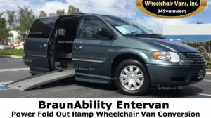 Used Wheelchair Van For Sale: 2003 Dodge Caravan  Wheelchair Accessible Van For Sale with a BraunAbility - Dodge Entervan II on it. VIN: 2D4GP44L73R359509