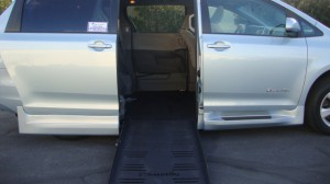 Used Wheelchair Van For Sale: 2017 Toyota Sienna LE Wheelchair Accessible Van For Sale with a BraunAbility - Toyota Rampvan XT on it. VIN: 5TDKZ3DC9HS845829