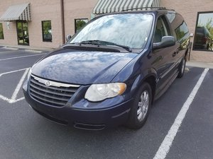 Used Wheelchair Van For Sale: 2007 Chrysler Town & Country Touring Wheelchair Accessible Van For Sale with a BraunAbility Chrysler Entervan II on it. VIN: 2A4GP54LX7R316088