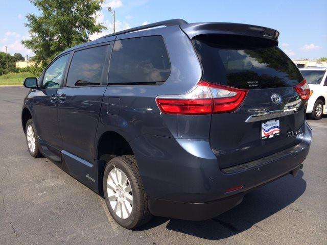 2015 toyota sienna wheelchair van for sale vmi toyota. Black Bedroom Furniture Sets. Home Design Ideas