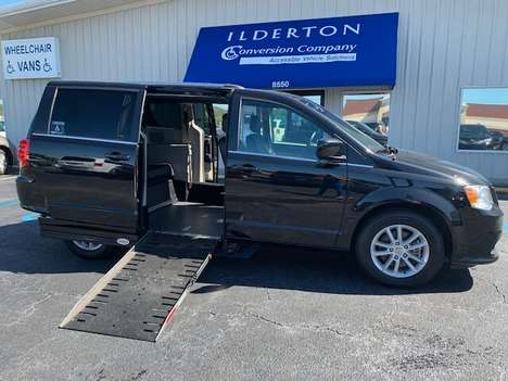 Used Wheelchair Van For Sale: 2019 Dodge Grand Caravan SXT Wheelchair Accessible Van For Sale with a  on it. VIN: 2C4RDGCG5KR614483