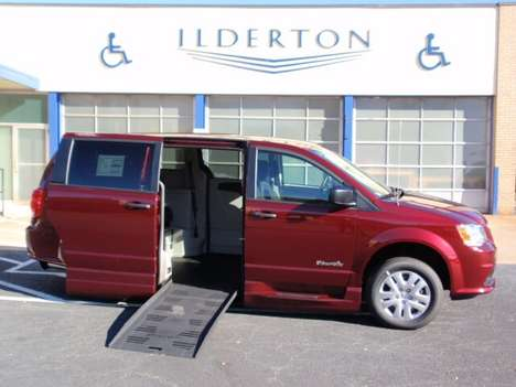 Used Wheelchair Van For Sale: 2019 Dodge Grand Caravan SE Wheelchair Accessible Van For Sale with a  on it. VIN: 2C7WDGBG5KR527903