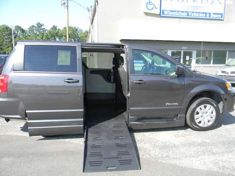 New Wheelchair Van For Sale: 2020 Dodge Grand Caravan SE Wheelchair Accessible Van For Sale with a  on it. VIN: 2C7WDGBG8LR168113