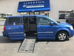 Used Wheelchair Van For Sale: 2008 Dodge Grand Caravan SXT Wheelchair Accessible Van For Sale with a  on it. VIN: 2D8HN54P08R805198