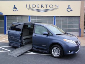 Used Wheelchair Van For Sale: 2014 Toyota Sienna XLE Wheelchair Accessible Van For Sale with a  on it. VIN: 5TDYK3DC7ES420491