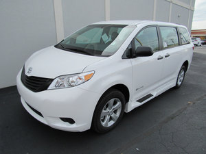 New Wheelchair Van For Sale: 2017 Toyota Sienna SE Wheelchair Accessible Van For Sale with a  on it. VIN: 5TDZZ3DC0HS877714