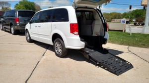 Used Wheelchair Van For Sale: 2017 Dodge Grand Caravan SE Plus  Wheelchair Accessible Van For Sale with a FR Wheelchair Vans - Dodge Rear Entry on it. VIN: 2C4RDGBG8HR681797