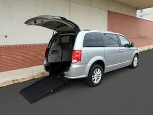 Used Wheelchair Van For Sale: 2018 Dodge Grand Caravan  Wheelchair Accessible Van For Sale with a  on it. VIN: 2C4RDGCG8JR298950