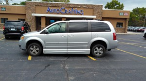 Used Wheelchair Van For Sale: 2009 Dodge Grand Caravan SXT  Wheelchair Accessible Van For Sale with a VMI - Chrysler Northstar on it. VIN: 2D8HN54179R564561