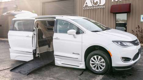 Used Wheelchair Van For Sale: 2019 Chrysler Pacifica Touring Wheelchair Accessible Van For Sale with a BraunAbility Chrysler Pacifica Foldout XT on it. VIN: 2C4RC1BG1KR731379