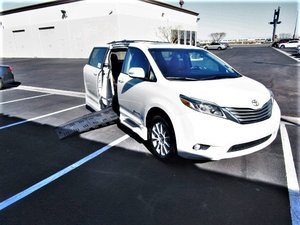 Used Wheelchair Van For Sale: 2015 Toyota Sienna S Wheelchair Accessible Van For Sale with a  on it. VIN: 5TDYK3DC1FS651775
