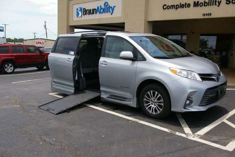 New Wheelchair Van For Sale: 2019 Toyota Sienna Limited Wheelchair Accessible Van For Sale with a  on it. VIN: 5TDYZ3DC2KS984010