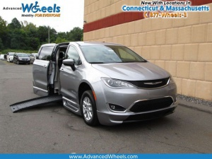New Wheelchair Van For Sale: 2017 Chrysler Pacifica Touring Wheelchair Accessible Van For Sale with a BraunAbility BraunAbility Pacifica Foldout XT on it. VIN: 2C4RC1BG0HR851232