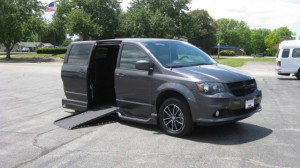 Used Wheelchair Van For Sale: 2018 Dodge Caravan  Wheelchair Accessible Van For Sale with a VMI - Dodge Summit on it. VIN: 2C4RDGCG8JR191736
