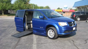 Used Wheelchair Van For Sale: 2013 Dodge Caravan  Wheelchair Accessible Van For Sale with a BraunAbility - Dodge Entervan II on it. VIN: 2c4rdgcg4dr788001