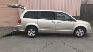 Used Wheelchair Van For Sale: 2013 Dodge Grand Caravan  Wheelchair Accessible Van For Sale with a  on it. VIN: 2C4RDGBG2DR598540