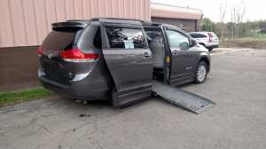Used Wheelchair Van For Sale: 2011 Toyota Sienna XLE Wheelchair Accessible Van For Sale with a  on it. VIN: 5TDYK3DC2BS146175