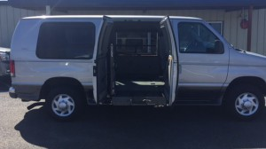 Used Wheelchair Van For Sale: 2004 Ford E-250  Wheelchair Accessible Van For Sale with a Non Branded - Full Size Van Conversion on it. VIN: 1FDNE24L64HB54688