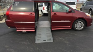 Used Wheelchair Van For Sale: 2009 Toyota Sienna Limited Wheelchair Accessible Van For Sale with a BraunAbility - Toyota Rampvan Xi on it. VIN: 5tdzk22c59s273868