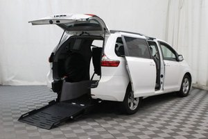 Used Wheelchair Van For Sale: 2017 Toyota Sienna LE Wheelchair Accessible Van For Sale with a FR Exodus II on it. VIN: 5TDKZ3DC1HS820956