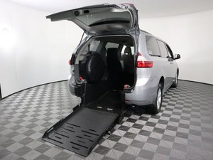 Used Wheelchair Van For Sale: 2017 Toyota Sienna L Wheelchair Accessible Van For Sale with a Revability Advantage RE on it. VIN: 5TDKZ3DC4HS859380