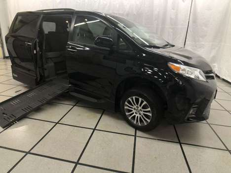 Used Wheelchair Van For Sale: 2018 Toyota Sienna L Wheelchair Accessible Van For Sale with a AMS Vans Legend II T on it. VIN: 5TDYZ3DCXJS928458
