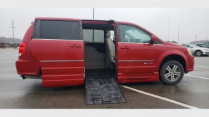 Used Wheelchair Van For Sale: 2013 Dodge Caravan  Wheelchair Accessible Van For Sale with a BraunAbility - Dodge Entervan II on it. VIN: 2C4RDGDG8DR709623