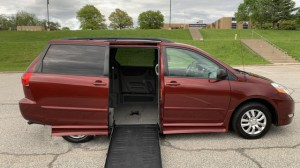 Used Wheelchair Van For Sale: 2008 Toyota Sienna XLE Wheelchair Accessible Van For Sale with a BraunAbility - Toyota Rampvan Xi on it. VIN: 5TDZK23C78S173864