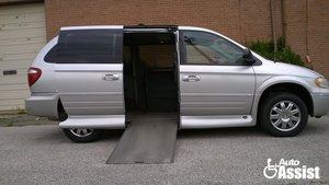 Used Wheelchair Van For Sale: 2007 Chrysler Town & Country L Wheelchair Accessible Van For Sale with a VMI Chrysler Northstar on it. VIN: 2A4GP64L97R314693
