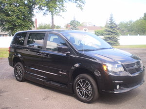 New Wheelchair Van For Sale: 2017 Dodge Grand Caravan SXT Wheelchair Accessible Van For Sale with a BraunAbility XT Entervan XT on it. VIN: 14113