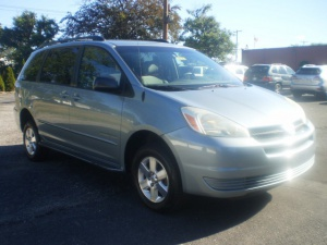 Used Wheelchair Van For Sale: 2005 Toyota Sienna LE Wheelchair Accessible Van For Sale with a IMS Rampvan on it. VIN: 5408