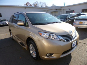 Used Wheelchair Van For Sale: 2013 Toyota Sienna XLE Wheelchair Accessible Van For Sale with a BraunAbility Rampvan XT on it. VIN: 6139