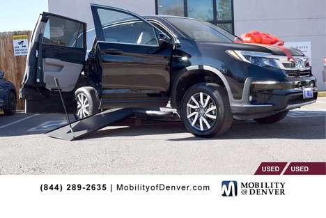 New Wheelchair Van For Sale: 2019 Honda Pilot EX Wheelchair Accessible Van For Sale with a  on it. VIN: 5FNYF5H34KB006000