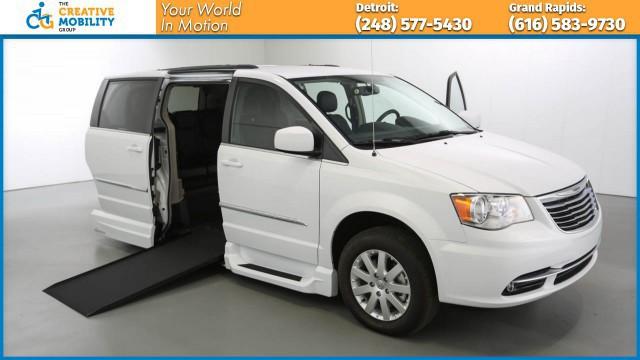 2015 Chrysler Town & Country Wheelchair Van For Sale - VMI ...