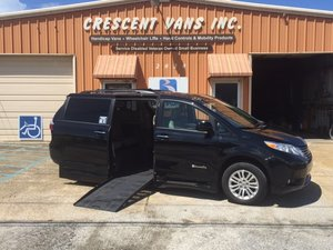 Used Wheelchair Van For Sale: 2017 Toyota Sienna Limited Wheelchair Accessible Van For Sale with a BraunAbility Rampvan XT on it. VIN: 5TDYZ3DCXHS812185