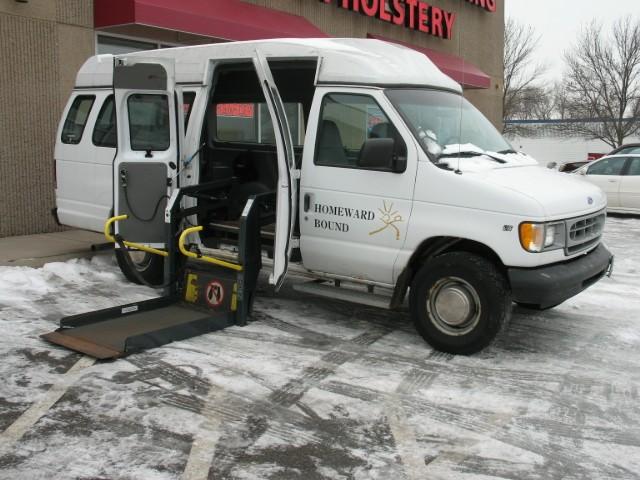 1997 ford club wagon xl wheelchair van for sale full size ada vin 1fbjs31l6vha81530. Black Bedroom Furniture Sets. Home Design Ideas