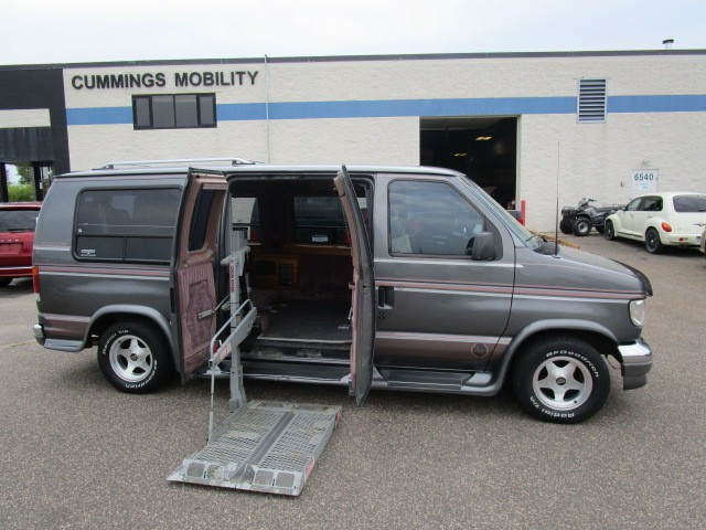 1994 ford e 150 wheelchair van for sale full size. Black Bedroom Furniture Sets. Home Design Ideas