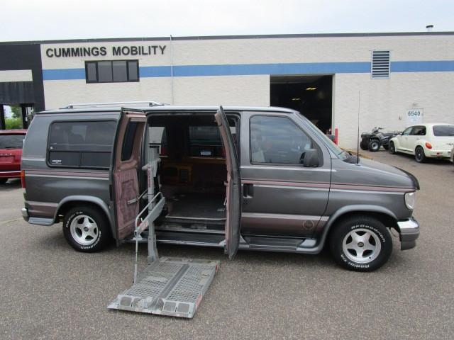 1994 ford e 150 wheelchair van for sale full size albertville mn vin 1fdee14n3rha53157. Black Bedroom Furniture Sets. Home Design Ideas