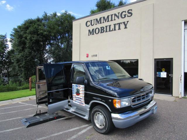 2002 ford econoline e150 wheelchair van for sale full size roseville mn vin. Black Bedroom Furniture Sets. Home Design Ideas