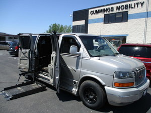 Used Wheelchair Van For Sale: 2005 GMC Savana  Wheelchair Accessible Van For Sale with a Non Branded Wheelchair Lift & Tiedowns on it. VIN: 1GDFG15T251207632