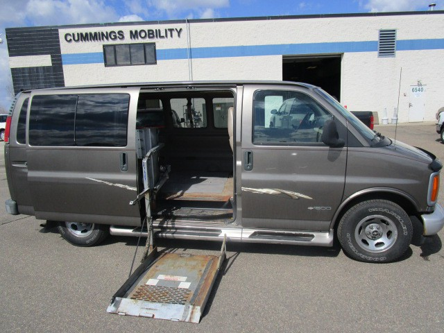 1999 chevrolet express 1500 wheelchair van for sale. Black Bedroom Furniture Sets. Home Design Ideas