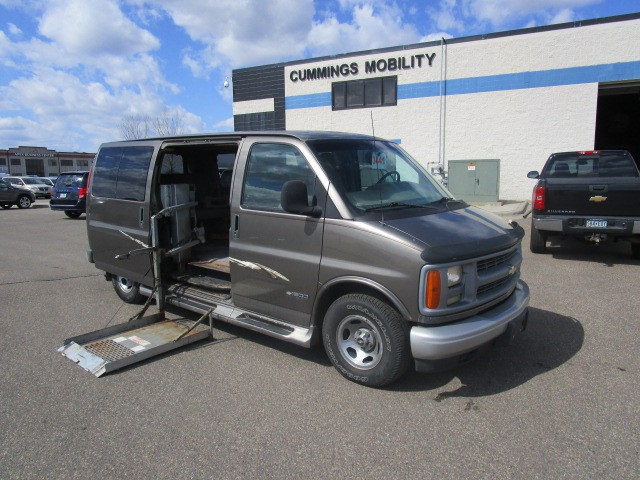 1999 chevrolet express 1500 wheelchair van for sale full. Black Bedroom Furniture Sets. Home Design Ideas