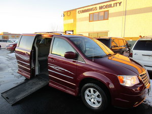 Used Wheelchair Van For Sale: 2009 Chrysler Town & Country Touring Wheelchair Accessible Van For Sale with a Rollx Vans Rollx In Floor Chrysler on it. VIN: 2A8HR54189R614105