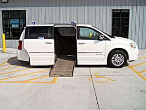 Used Wheelchair Van For Sale: 2013 Chrysler Town & Country Limited Wheelchair Accessible Van For Sale with a BraunAbility Chrysler Entervan II on it. VIN: 2C4RC1GG9DR532205