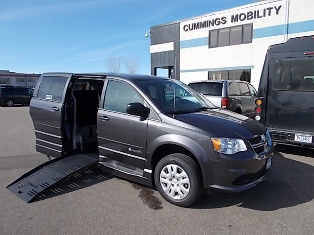 2016 dodge grand caravan wheelchair van for sale. Black Bedroom Furniture Sets. Home Design Ideas